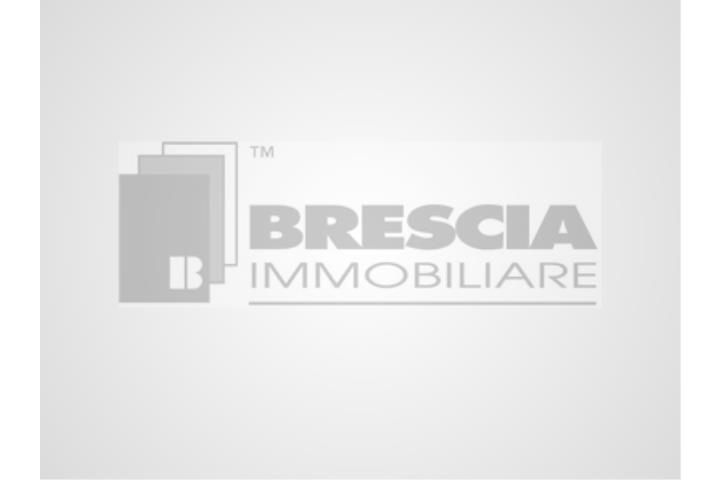 Camera Matrimoniale A Brescia.Appartamento A Brescia